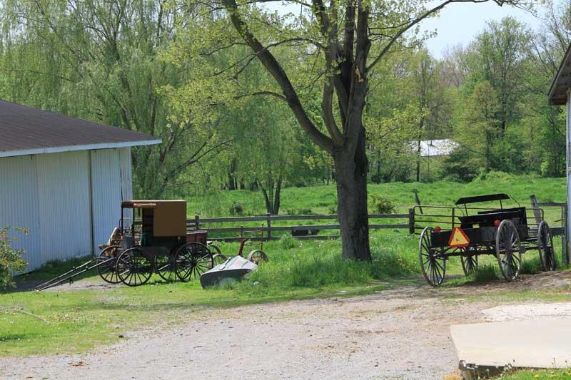 amish-farm2